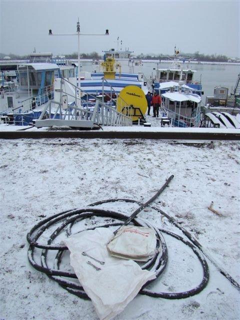 A furat un cablu de alimentare de la o navă
