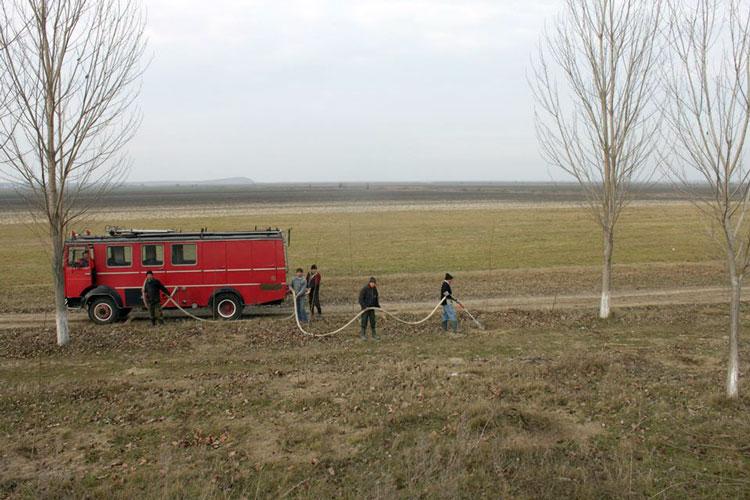 Perdeaua de protecție a E87 în refacere la Luncavița