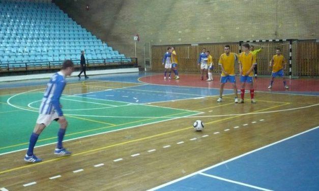 Derby la Polivalentă în campionatul de fotbal în sală