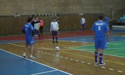 Se reia campionatul municipal de fotbal în sală