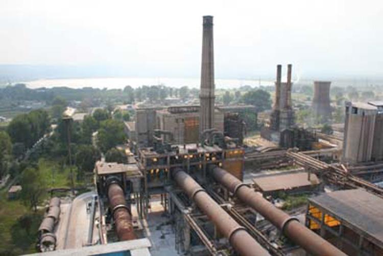 Industria grea ar putea fi salvată de legislaţia europeană