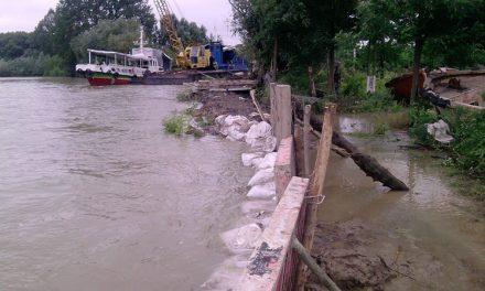 Lucrări de apărare împotriva inundaţiilor