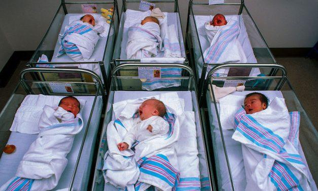 De Crăciun au venit pe lume cinci bebeluşi
