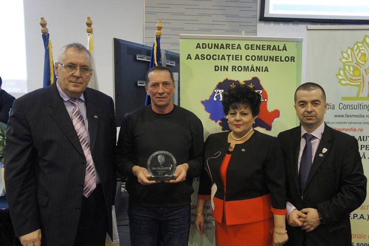 Ivan Patzaichin a primit din partea ACoR Ordinul care îi poartă numele