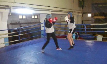 Lotul de box feminin de la Tulcea face deplasarea la Bistriţa