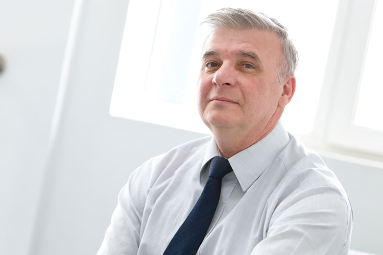 """Directorul general al VARD Tulcea, Tudorel Ţopa: """"Şuturile care se dau între partide au repercusiuni negative în business"""""""
