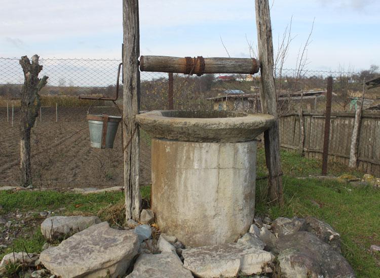 Apă otrăvită în fântânile din județul Tulcea