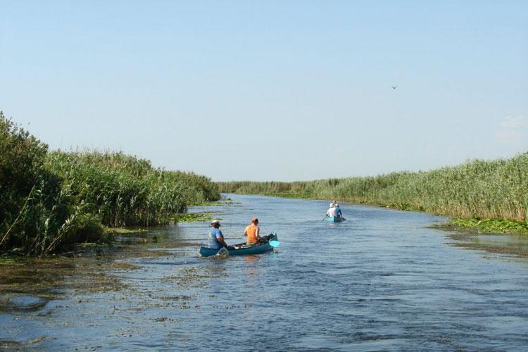 Taxa de promovare turistică nemulţumeşte operatorii din deltă