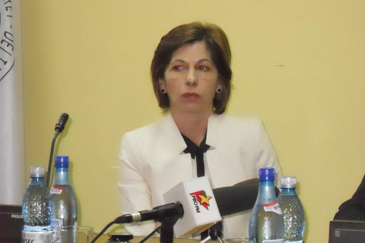 Viorica Bîscă merge la Bucureşti pentru a-şi păstra postul