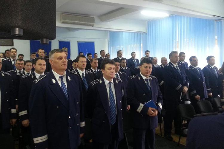 Ofiţeri şi agenţi tulceni avansaţi în grad de Ziua Poliţiei Române