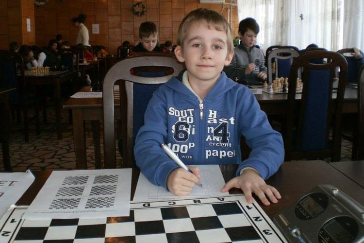 Tulceanul Alexandru Crăiţă, în lotul naţional de şah