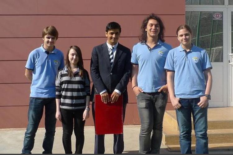 Doi elevi tulceni au obţinut premiul I la un concurs de proiectare organizat de NASA