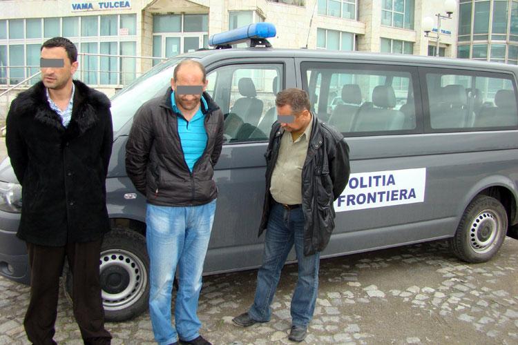 Doi migranţi armeni şi o călăuză ucraineană, depistaţi pe frontieră la Pardina