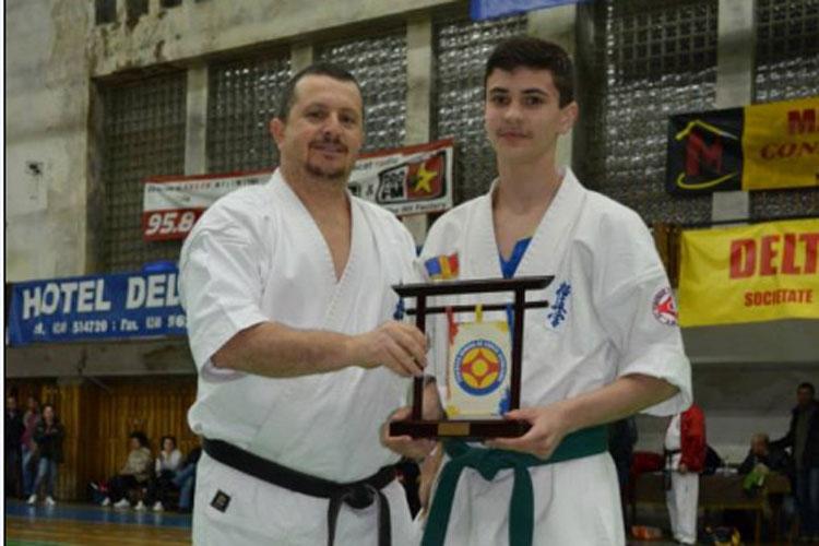 Costin Vişan premiat de Federaţia Română de Kyokushin
