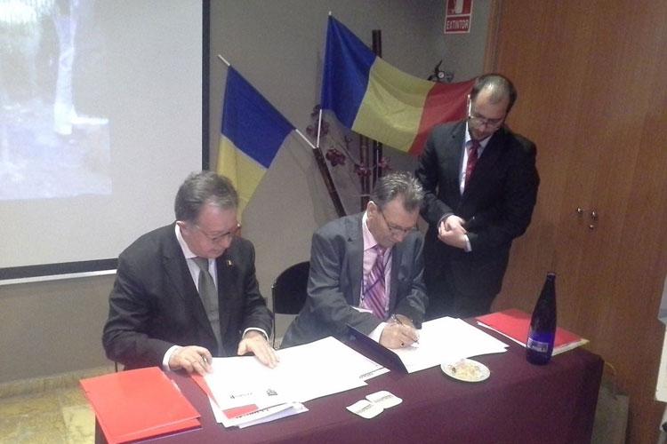 Parteneriat între CJ Tulcea şi Federaţia Asociaţiilor Românilor din Spania