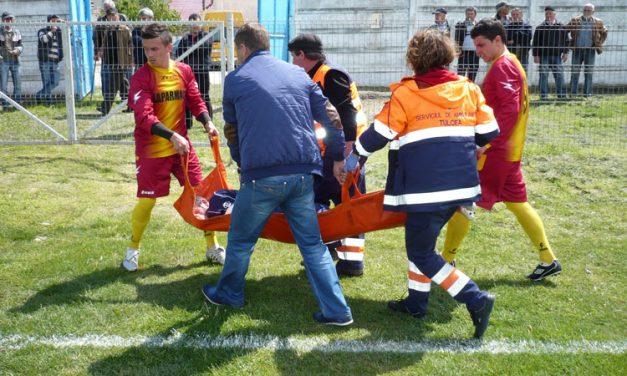 Accident cumplit pe terenul de fotbal la Babadag