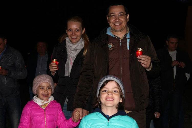 Victor Ponta, îndrăgostit de canalele deltei şi borşul de peşte