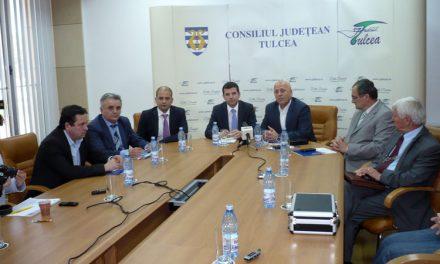 Ministrul Daniel Constantin, masã rotundã cu fermierii de la Tulcea