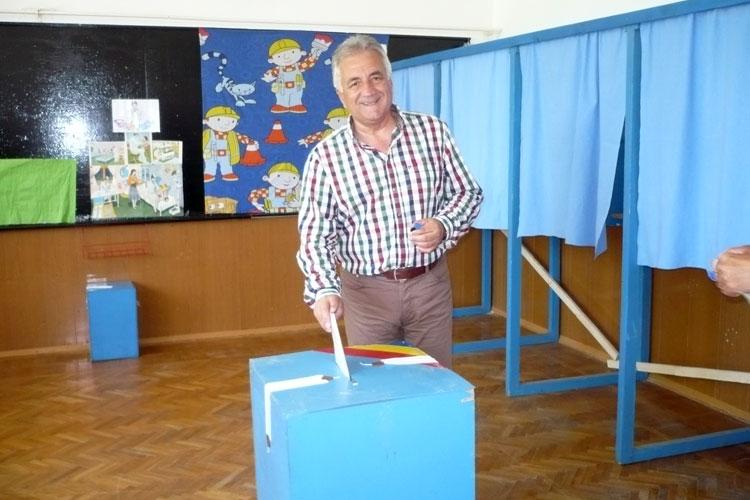 Primarul Constantin Hogea: Am votat pentru un corp profesionist al europarlamentarilor români în P.E.