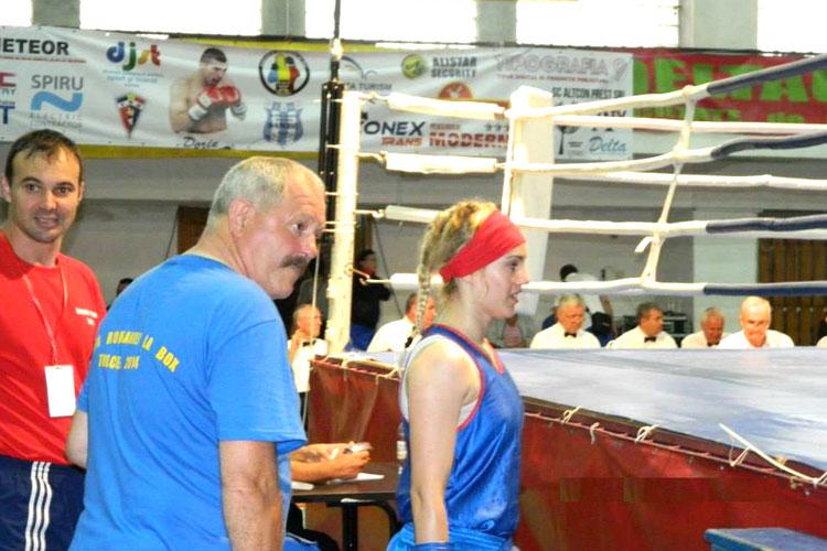 Cupa României la box feminin: 4 medalii de aur pentru tulcence