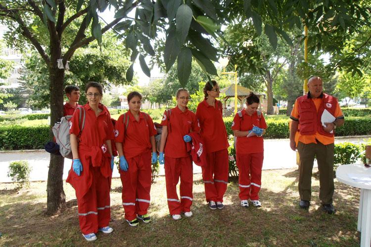 Etapa zonală a concursului de prim ajutor, câştigatăde echipajul tulcean de Cruce Roşie