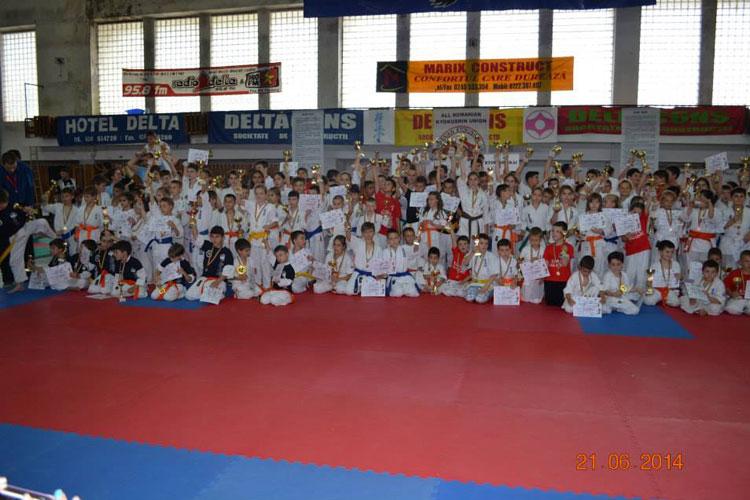Nippon Budo Sport din Tulcea a luat grosulmedaliilor la Danube Delta Cup