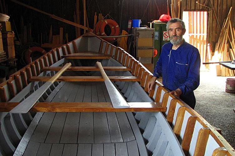 """Paul Vasiliu, creatorul canotcii: """"Lotca este centrul existenţei localnicilor din Delta Dunării"""""""