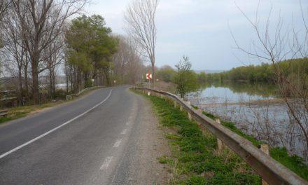 Se circulă în condiţii normale pe digul-şoseaMăcin-Smârdan