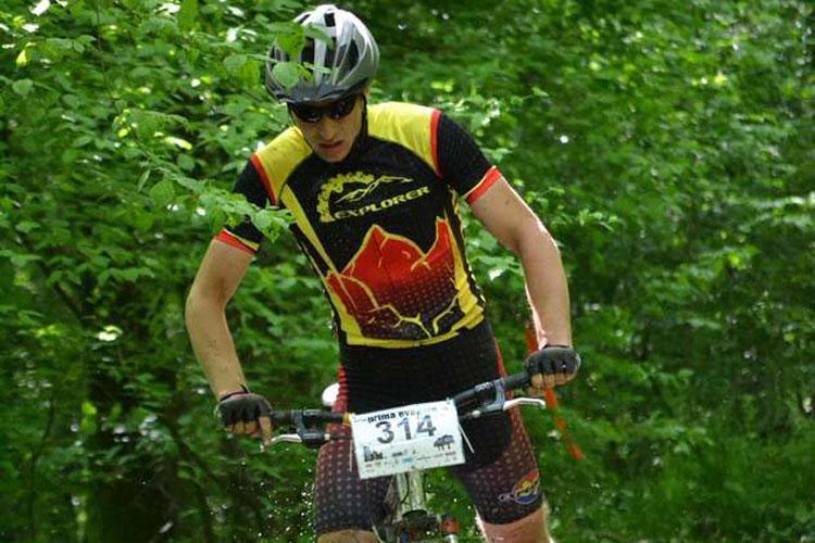 Cicliştii de la Explorer, printre fruntaşii Triadei MTB