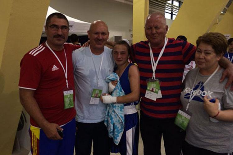 Elena Timofte, în finala Campionatului European de box