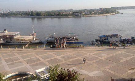 Nava Civitas, avariată
