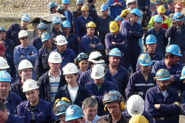 Străinii detaşaţi la lucru în Tulcea, ţinta unorcontroale efectuate de o echipă internaţionalăde inspectori de muncă