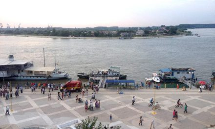 Destin tragic: înecat în Dunăre după ce a fost abandonat de părinţi şi şi-a pierdut fratele