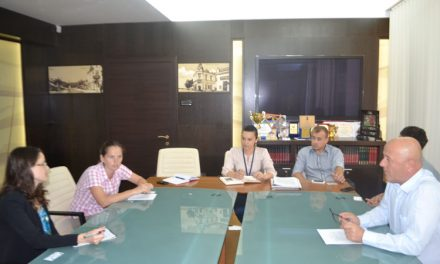 Discuţii pe tema ITI Delta Dunării între Horia Teodorescu şi un reprezentant al Ambasadei SUA