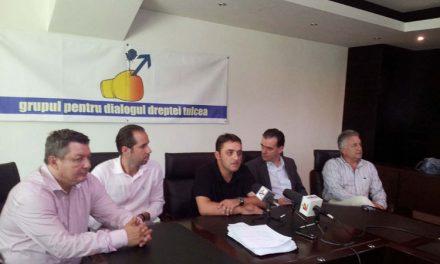Grupul pentru Dialogul Dreptei solicită PNL excluderea din partid a lui Petrea Badea şi Anatoli Mihail