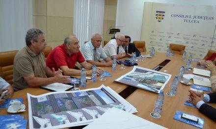 Investitori ruşi, în dialog cu autorităţile tulcene: vor să înfiinţeze un yacht club la Sulina
