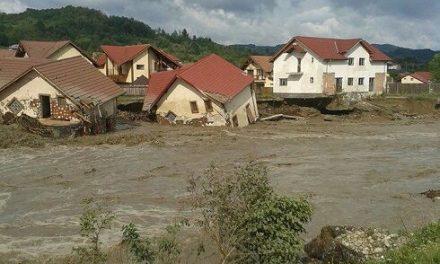 Tulcea sprijină sinistraţii din judeţele afectate de inundaţii