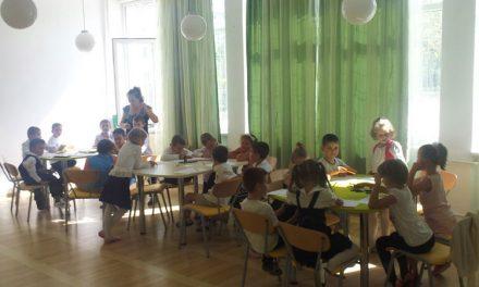 """La Şcoala """"Alexandru Ciucurencu"""",  părinţii şi-au înfiinţat propriul after-school"""