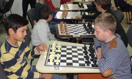 """Competiţie internaţională de şah la Constanţa: A.C.S. Logic Delta, locul I la """"Cupa de Toamnă"""""""