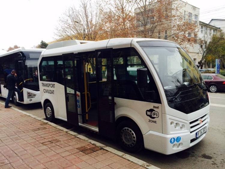Autorităţile municipale au studiat oferta: autobuze mai mici, aduse la Tulcea