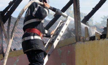 Bătrânel de 80 ani, salvat din flăcări de unparamedic de la Babadag