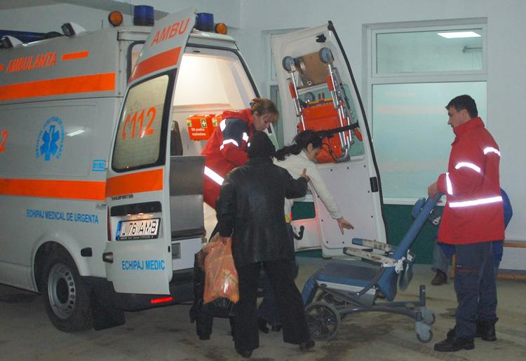 La Spitalul Judeţean Tulcea, 20 de voluntari încasează la sfârşit de lună experienţă profesională în loc de leafă