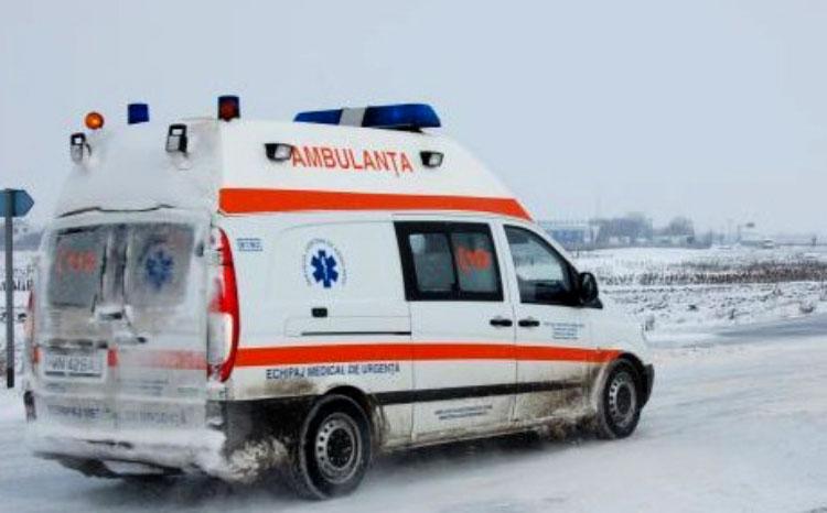 Abuz de sarmale şi cârnaţi: sute de tulceni au cerut ajutorul medicilor de la Ambulanţă de Crăciun
