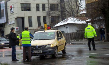Femeie acroşată de un taximetru pe trecerea pentru pietoni de Babadag