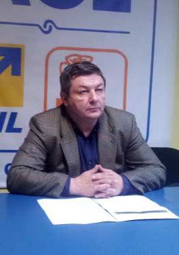 """Liberalii tulceni şi-au completat locurile de la conducere lăsate libere de """"migranţi"""""""