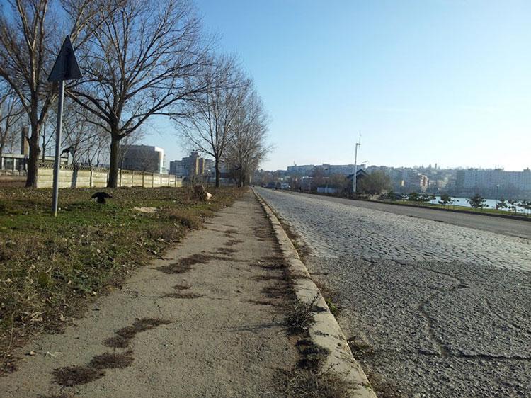 Piatra cubică va fi scoasă în primăvară de pe strada ing. Dumitru Ivanov