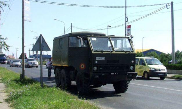 Şi la Tulcea, armata îşi asigură maşinile