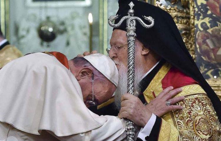 Unanimitate pentru unificarea bisericilorortodoxă şi catolicăla Tulcea!
