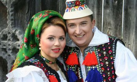 Cornelia şi Lupu Rednic, la Hora Unirii de la Tulcea