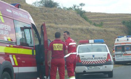 Inconştienţă la volan: Un puşti de 18 ani fără permis a intrat cu maşina într-un cap de pod